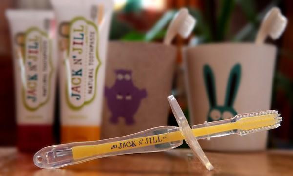 Zubní kartáčky z kukuřičného škrobu