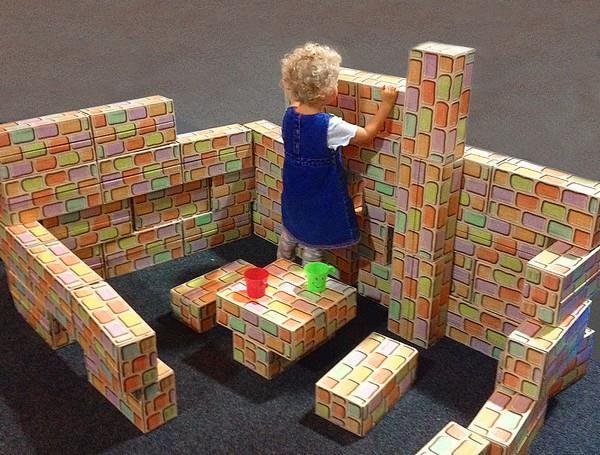 Domečky jsou nejčastější stavbou, děti je mají rády