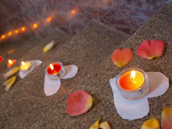 Vylepšení pošmourného období svíčkami