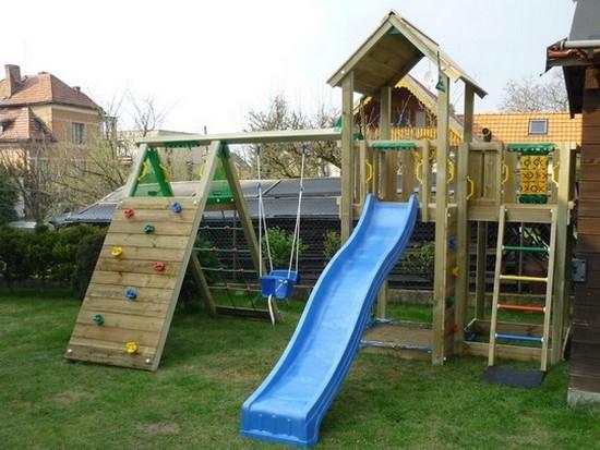 Všestranné dětské hřiště