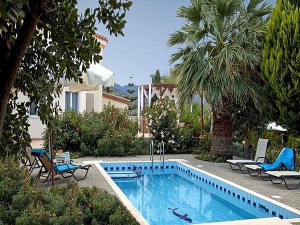 Většina vil má k dispozici své soukromé bazény