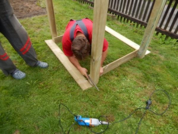 Zapilování dřeva, aby vše sedělo, jak má