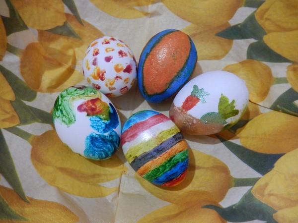 Puntíkovaná a pruhová vajíčka