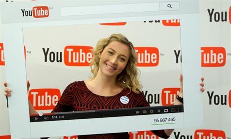 Kromě mateřských povinností má Tereza svůj Youtube kanál