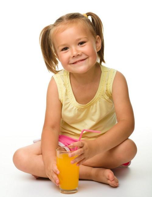 Víte, kolik toho vypije Vaše dítě?