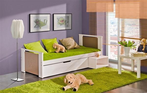 Dětská postel s výsuvným úložným prostorem